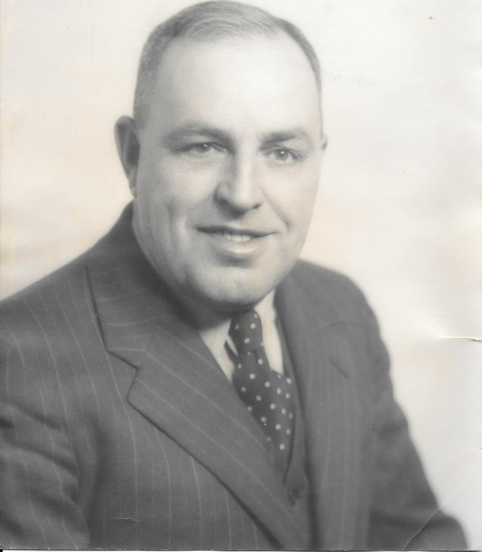 Herbert R Lash
